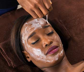 Cosmetic Chemical Peels Treatment for Better Skin